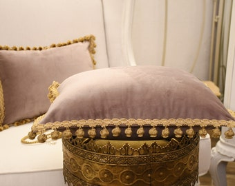 "Cushion collection ""Duchessa"" fine velvet and antique gold lilac/pink trimmings"