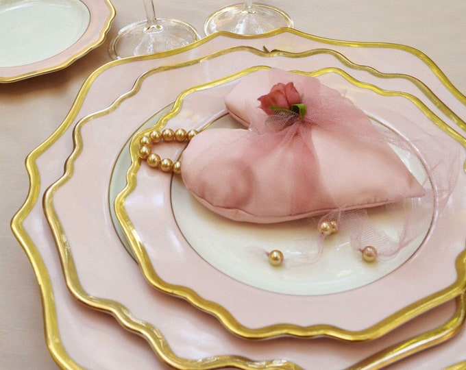 Heart in pink tulle silk flower and pearls