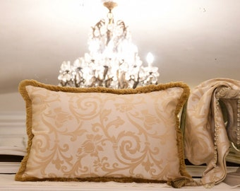 """Luxury cushion gold collection """"IMPERIAL"""" with gold toothbrush"""