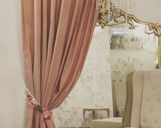 Intense antique Pink Taffeta tent