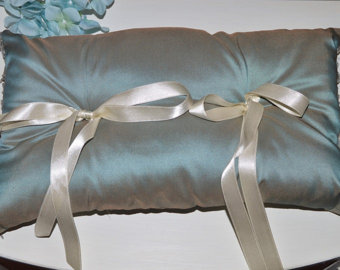 Wedding ring cushion Taffeta POAs Iridescent
