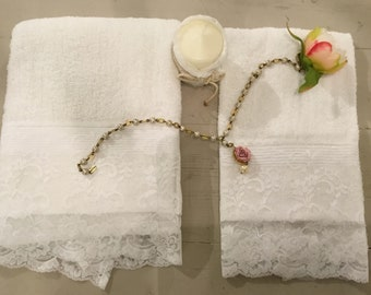 Couple Towels Lace