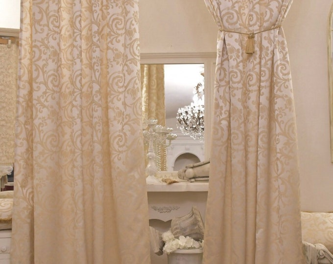 """""""Imperial"""" Damask Tent"""