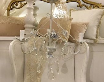 Chandelier chic 3 shabbychic lights