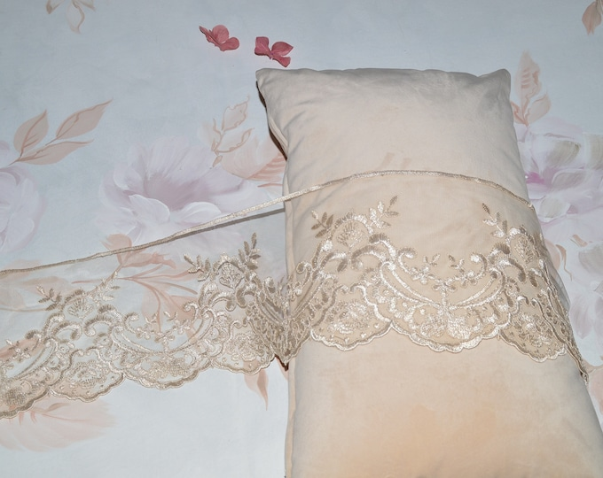 "Old Lace ""MariaCristina"" lot from 9mt"