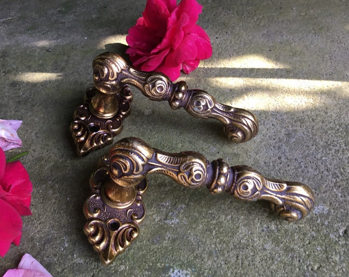 Handle Baroque Solid Brass vintage