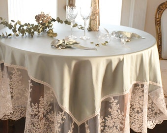 Luxor satin tableclo in tiffany silk and fine lace