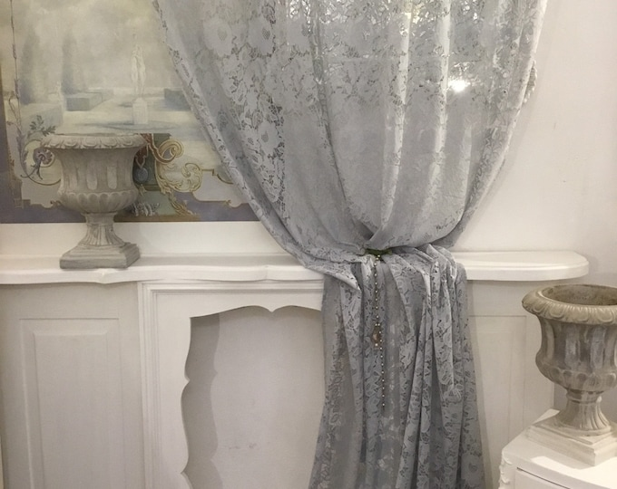 Curtain in LightBlue/grey lace