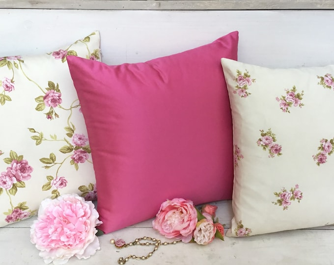 Shabbychic Pillows Pink flowers tris