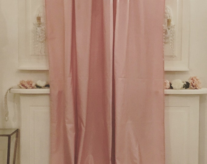 Light Powder pink Taffeta tent