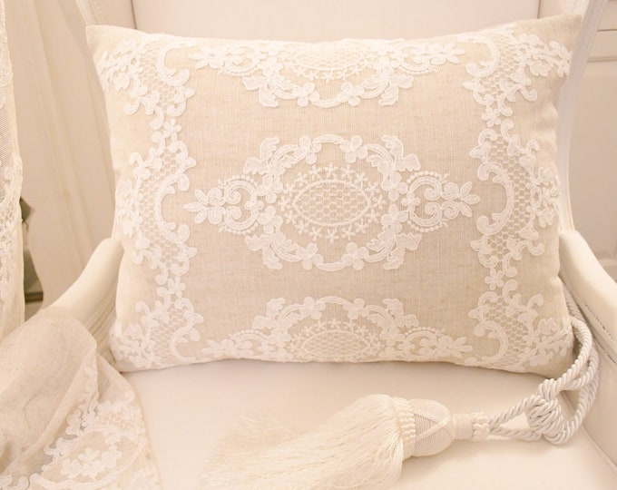 """Linen cushion and embroidery collection """"Versailles"""" decoration 2"""