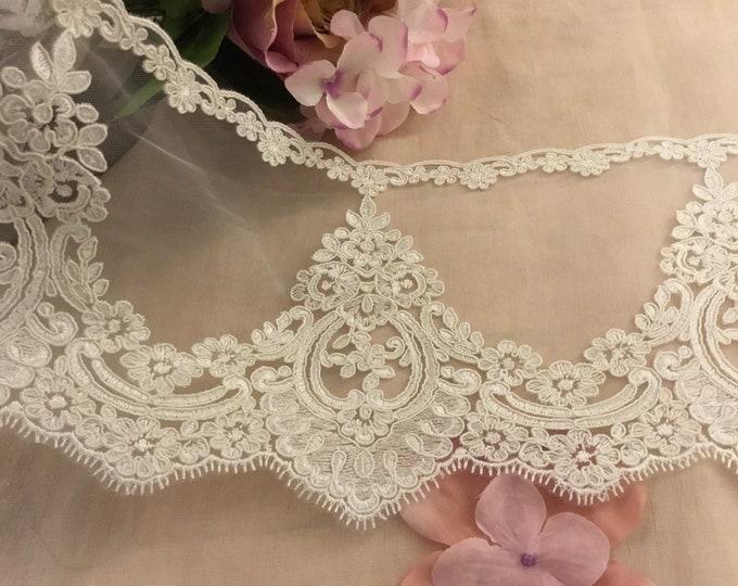 """Elisabhet"" High quality lace"