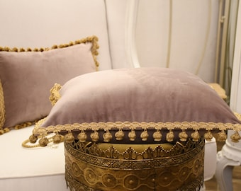 """Cushion collection """"Duchessa"""" fine velvet and antique gold lilac/pink trimmings"""
