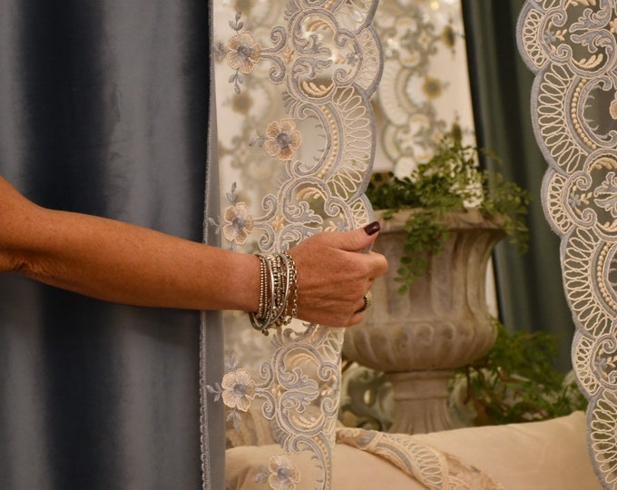 """Pair of velvet curtains and rebrodé lace """"Blue"""""""