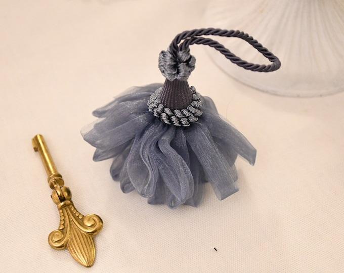 """Bow for """"burlesche"""" organza keys"""