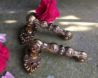 Handle Baroque Solid Brass vintage