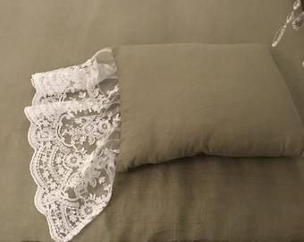 """""""VILLA VITTORIA"""" luxury Italian pillow with gala"""