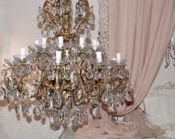 20th century Ancient Cristal Chandelier 20 lights