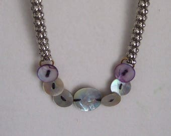Necklace mother of Pearl buttons