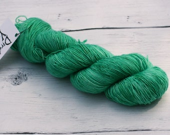 Emerald of the Eclipse {Sinister}  Single Ply Yarn - Indie Dyed Yarn -  Superwash Merino - Ready To Ship - OZ Inpsired - Wicked - Knitting