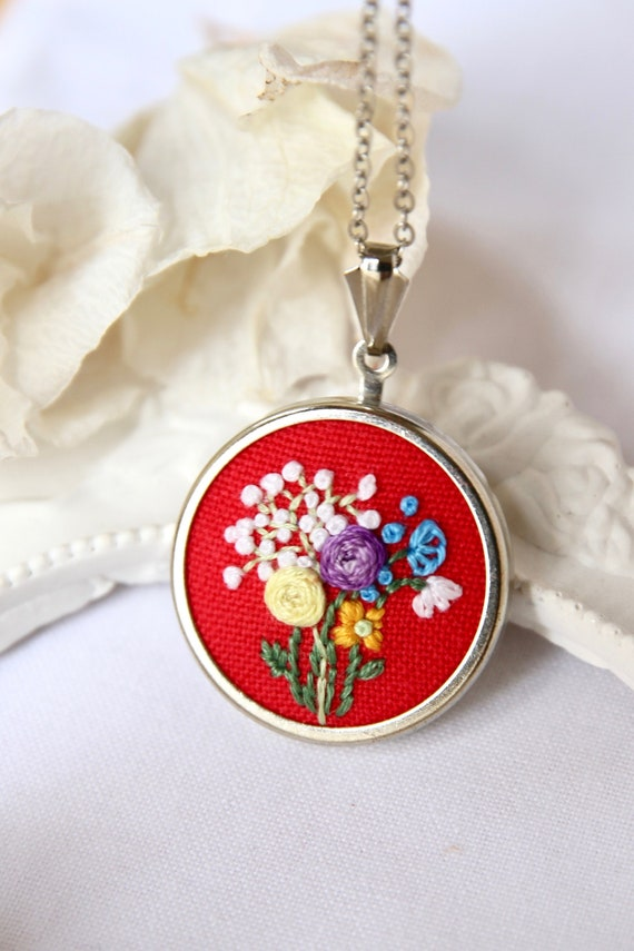 Bouquet Flower necklace Floral necklace Gift for her Pink necklace Flower pendant Poppy necklace