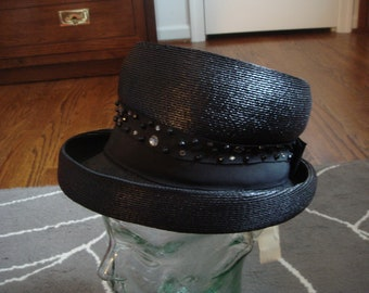 vintage new with tag LIT BROTHERS PHILADELPHIA millinery salon black beadded straw hat size 22