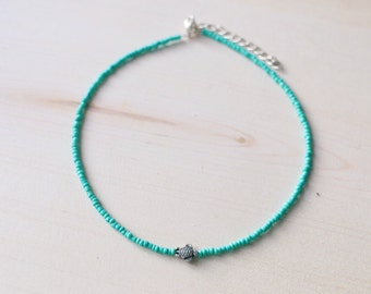 Dainty Turquoise Sea Turtle Beaded Choker Necklace