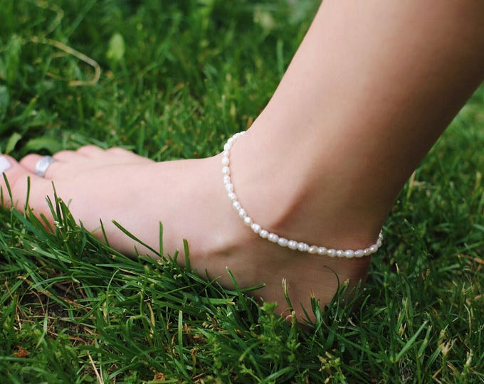 Pearly Girl Anklet / Pearl Anklet / Beach Jewelry / Pearl Beads / Minimalist Jewelry