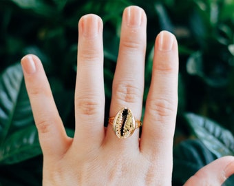 Adjustable Gold Cowrie Shell Ring