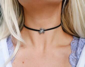 Vegan Suede Sea Turtle Bead Choker Necklace