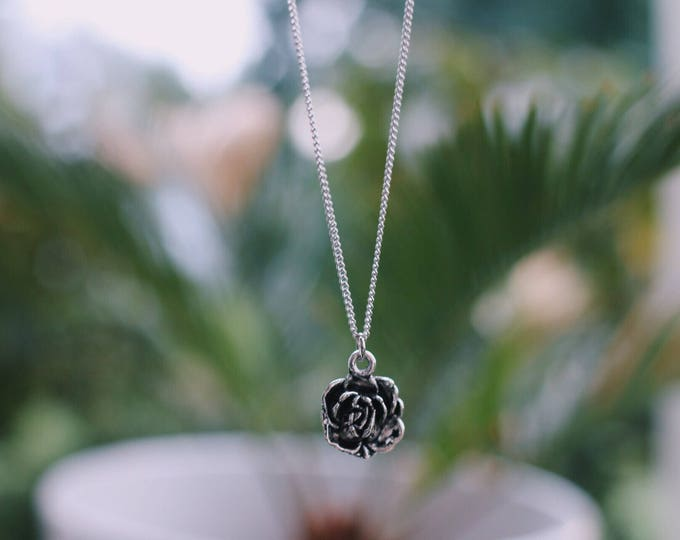 Dainty Rose Bud Necklace