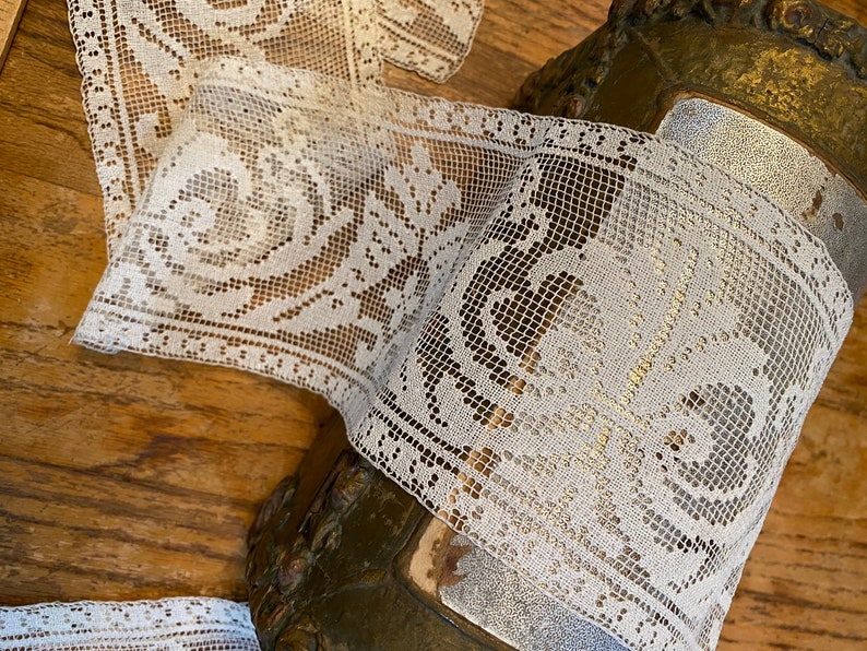 Filet lace Antique linen lace hand done 2 yds 29 length x 4.5 wide