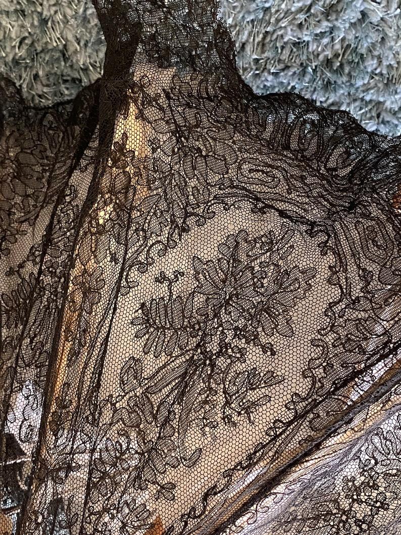 Antique black Chantilly lace parasol hand done 1800s ...