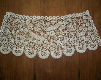 Hand done lace piece of exquisite lace brussels