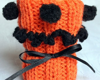 Chair socks orange-black with and without pompons or fringes set of 4 knitted