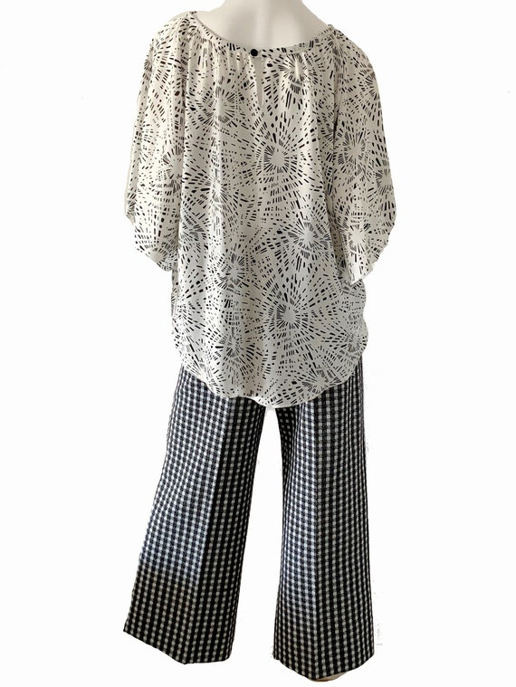 1970s Mod Geometric Bell Bottoms Pantsuit, Psyche… - image 3