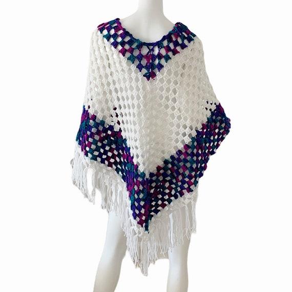 Vintage 70s Crochet Poncho, Boho Cottagecore Frin… - image 3