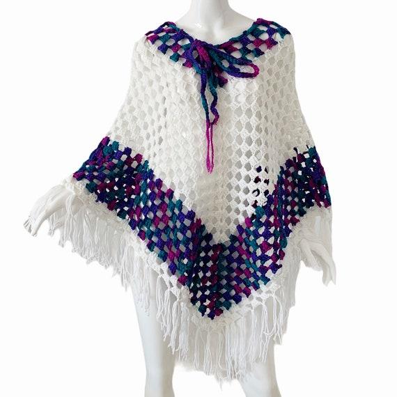 Vintage 70s Crochet Poncho, Boho Cottagecore Frin… - image 4