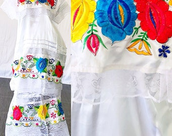 Mexican Oaxacan Dress Mexican Embroidered Wedding Lace Dress Vintage 70s Mexican Festival Dress