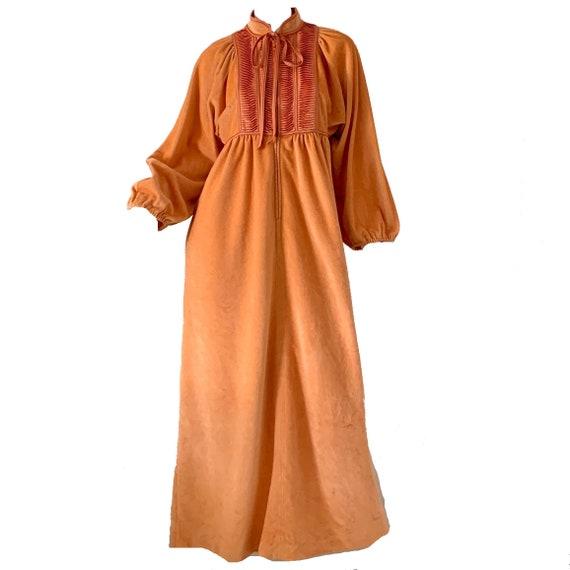 Vintage 70s Bill Tice Dress Kimono / Mod Velvet V… - image 1
