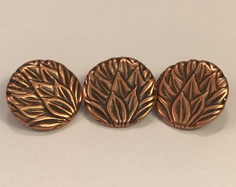Antique Copper Plated Pewter Round Leaf Buttons, Copper Buttons, Vintage Buttons, Jewelry Clasps, 2PC