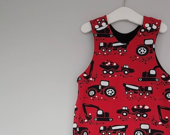 Digger Dungarees, baby dungarees, overalls, harem dungarees, baggy dungas, Paapii organic, dumpers, tractors, red & black, 6-12m, 12-18m