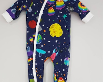 Spoggle space print baby romper, all in one, NB, 3-6m, 6-12m new baby gift, baby one piece, sleepsuit, rocket sleepsuit, rainbow space,