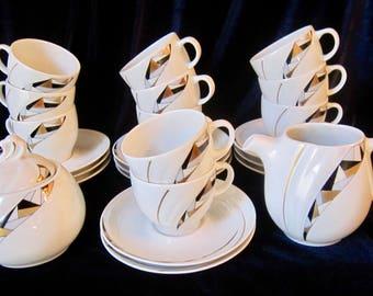 Johann Seltmann Vohenstrauss Bavaria Demitasse Espresso Set for 11 - 25 pieces - Germany