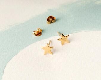 Star Sterling Silver Stud Earrings, Personalised Star Earrings, Gold Star Earrings, Rose Gold Star Studs, Bespoke Gift Card, Dainty Stars