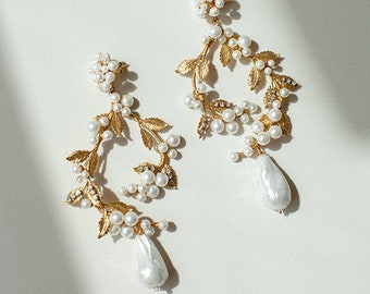 Machiavelli | Bridal Statement Earrings, Pearl Earrings, Gold Earrings, Statement Earrings, Flower Earrings, JONIDA RIPANI - Made In Italy