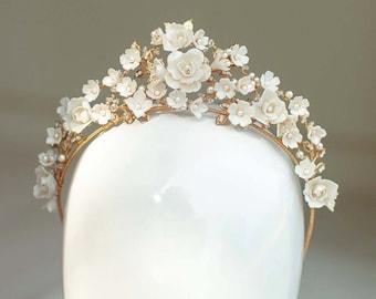 Botticelli | Bridal Crown, Flower Tiara, Statement Tiara, Gold Crown, Floral Tiara, JONIDA RIPANI - Made in Italy