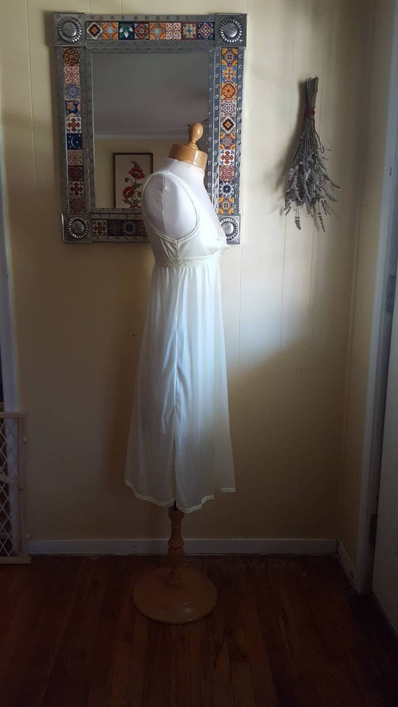 Little yellow nightgown 1960s yellow nightgowns s… - image 5