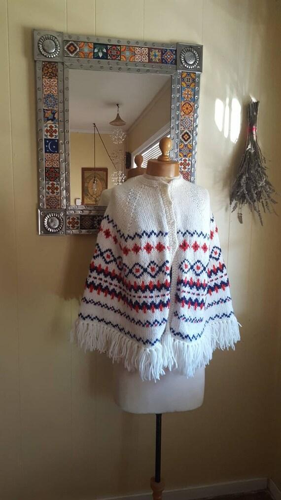 1970s knitted poncho shawl. Handmade vintage shawl