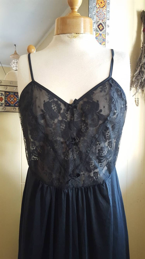 1980s long black nightgown size small black lace n